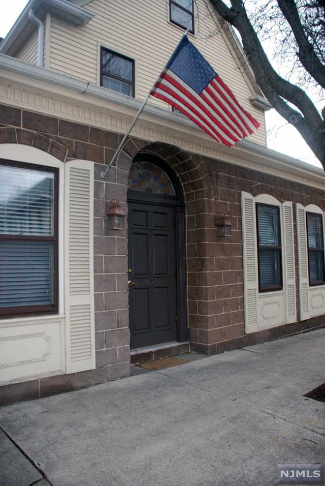 Commercial / Office for Sale at 623-5 North Maple Avenue 623-5 North Maple Avenue Ho Ho Kus, New Jersey 07423 United States
