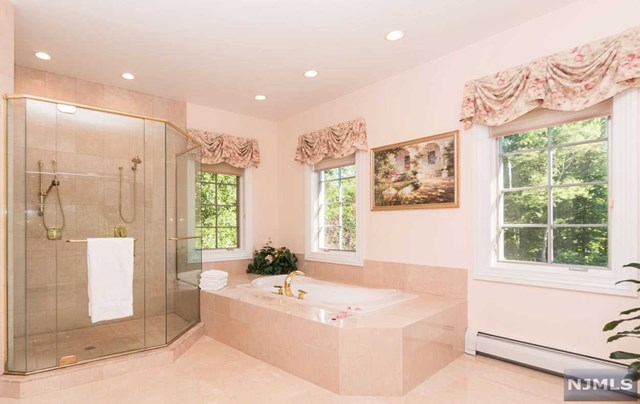 Additional photo for property listing at 11 Alford Drive 11 Alford Drive Saddle River, New Jersey 07458 United States