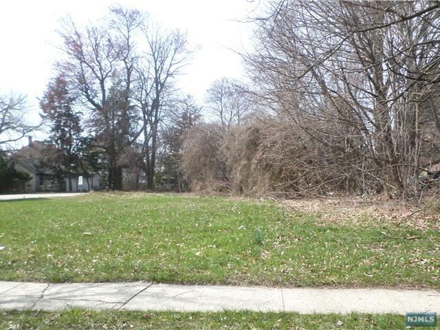 Land for Sale at 7 Fairmount Avenue 7 Fairmount Avenue Hackensack, New Jersey 07601 United States
