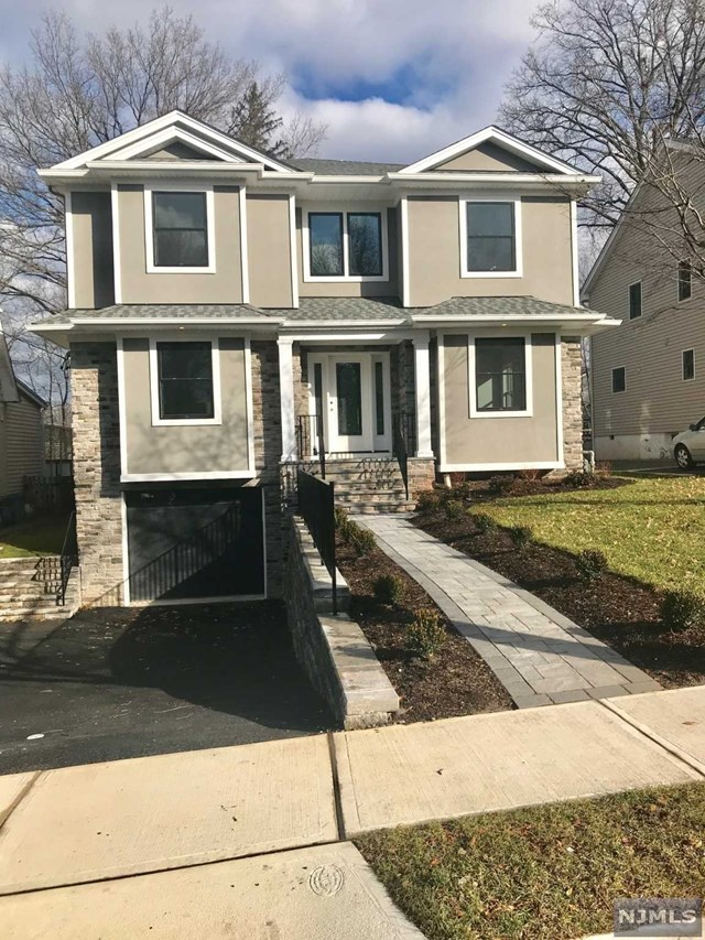 Single Family Home for Sale at 285 Frances Street 285 Frances Street Teaneck, New Jersey 07666 United States