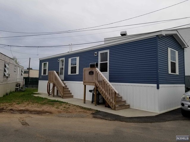 Single Family Home for Sale at 7 Austin Street 7 Austin Street Moonachie, New Jersey 07074 United States