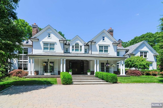 Single Family Home for Sale at 45 Ackerman Road 45 Ackerman Road Saddle River, New Jersey 07458 United States