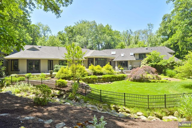 Single Family Home for Sale at 23 Westerly Road 23 Westerly Road Saddle River, New Jersey 07458 United States
