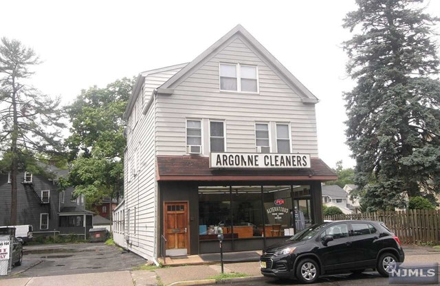 Commercial for Sale at None, 182 Broad Street 182 Broad Street Bloomfield, New Jersey 07003 United States