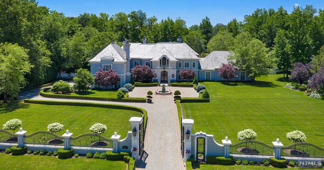 Single Family Home for Sale at 12 The Esplanade Alpine, New Jersey 07620 United States