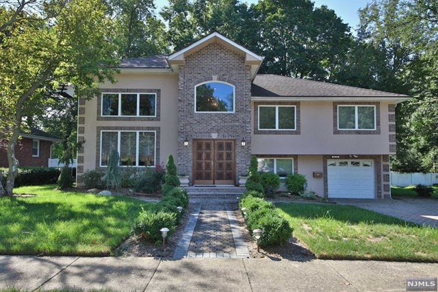 Single Family Home for Sale at 40-02 Monroe Street 40-02 Monroe Street Fair Lawn, New Jersey 07410 United States