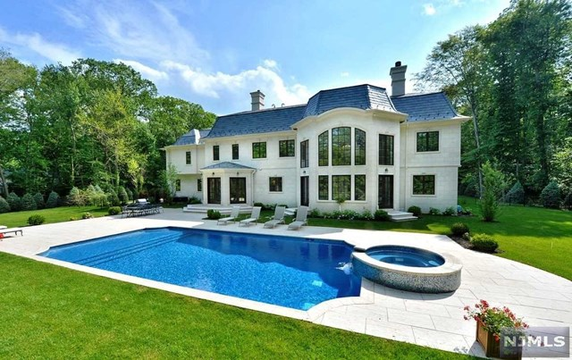 Additional photo for property listing at 8 Elden Drive 8 Elden Drive Saddle River, New Jersey 07458 United States