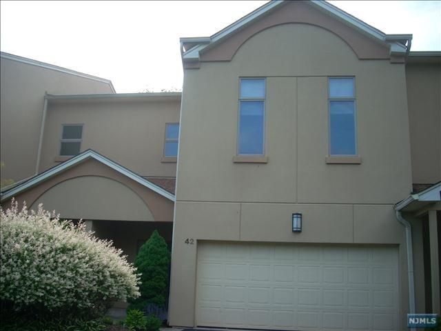 Condominium for Sale at 42 Rio Vista Drive 42 Rio Vista Drive Allendale, New Jersey 07401 United States