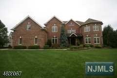 Single Family Home for Sale at 116 Liberty Ridge Trail 116 Liberty Ridge Trail Totowa, New Jersey 07512 United States