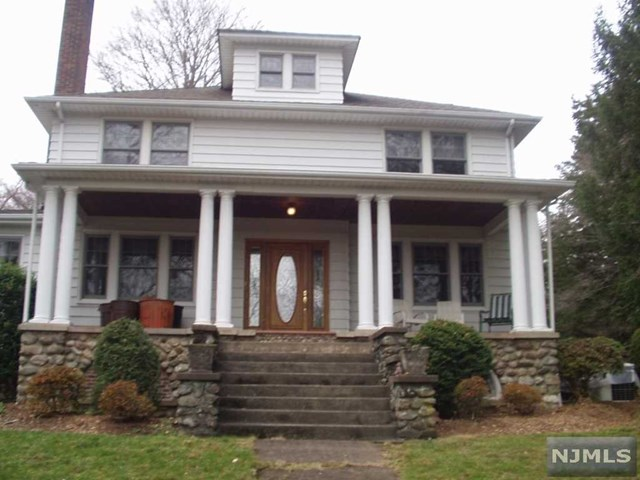 Single Family Home for Sale at 348 Lafayette Avenue 348 Lafayette Avenue Westwood, New Jersey 07675 United States