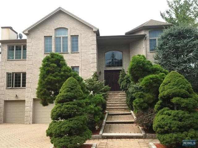 Rental Communities for Rent at 1111 Arcadian Way 1111 Arcadian Way Fort Lee, New Jersey 07024 United States