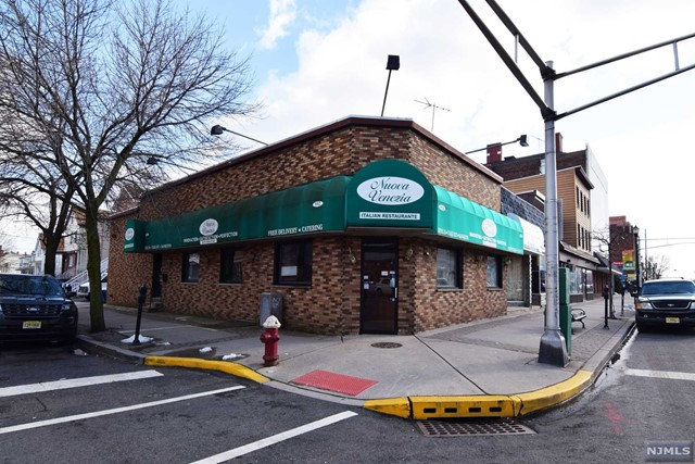 Commercial / Office for Sale at 392 Broadway 392 Broadway Bayonne, New Jersey 07002 United States