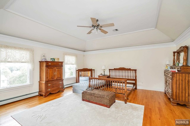 Additional photo for property listing at 828 Phelps Road 828 Phelps Road Franklin Lakes, New Jersey 07417 United States