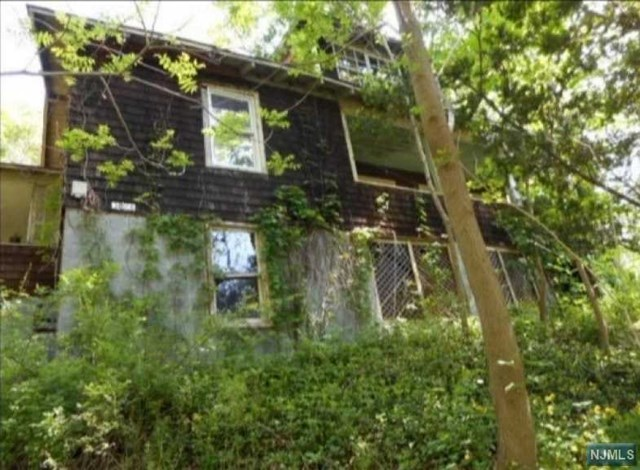 Single Family Home for Sale at 3036 Route 23 3036 Route 23 Hardyston, New Jersey 07416 United States