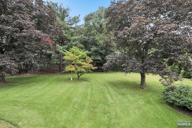 Land / Lots for Sale at 377 Long Bow Drive 377 Long Bow Drive Franklin Lakes, New Jersey 07417 United States