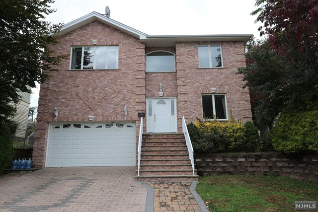 Single Family Home for Sale at 151 Madison Street 151 Madison Street Wood Ridge, New Jersey 07075 United States