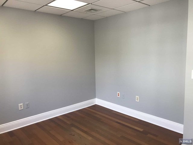 Commercial / Office for Sale at 206 Johnson Avenue 206 Johnson Avenue Hackensack, New Jersey 07601 United States