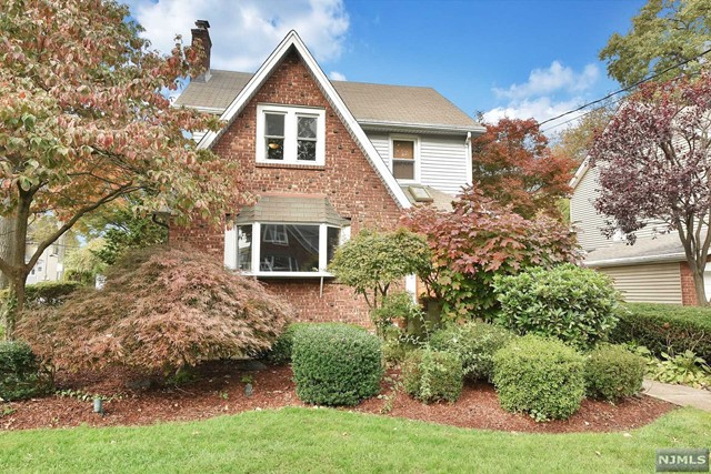 836 Belle Ave - Teaneck, New Jersey