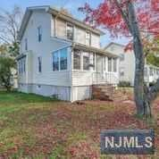 Single Family Home for Sale at 28 Filmore Avenue 28 Filmore Avenue Livingston, New Jersey 07039 United States