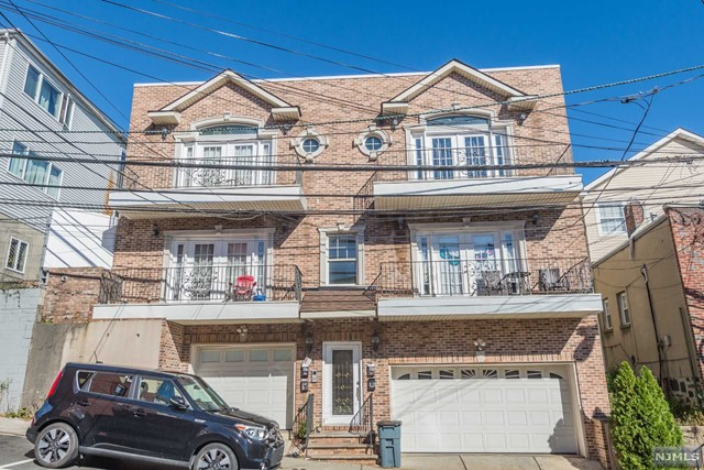 Villas / Townhouses for Sale at 532 64th Street 532 64th Street West New York, New Jersey 07093 United States
