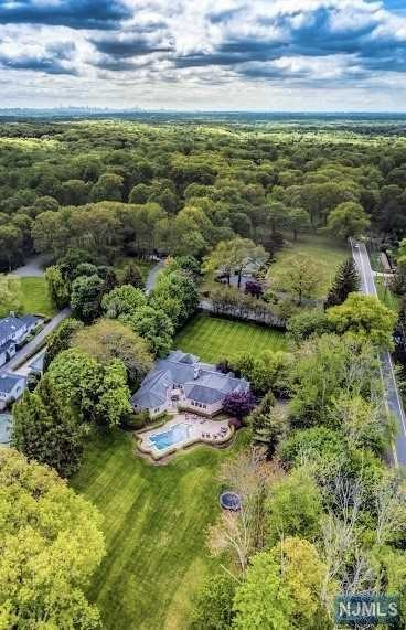 Single Family Home for Sale at 1 Normandy Drive 1 Normandy Drive Saddle River, New Jersey 07458 United States