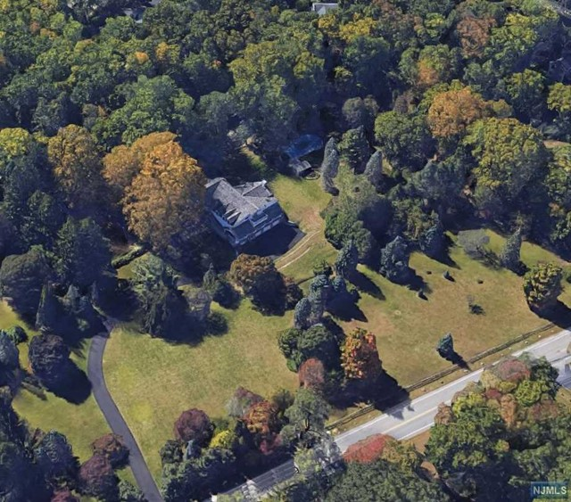 Land / Lots for Sale at 54 Pleasant Avenue 54 Pleasant Avenue Upper Saddle River, New Jersey 07458 United States