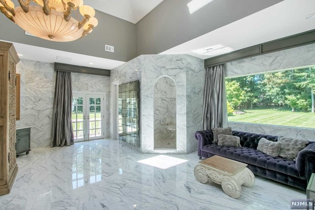 Additional photo for property listing at 27 Burning Hollow Road 27 Burning Hollow Road Saddle River, New Jersey 07458 United States