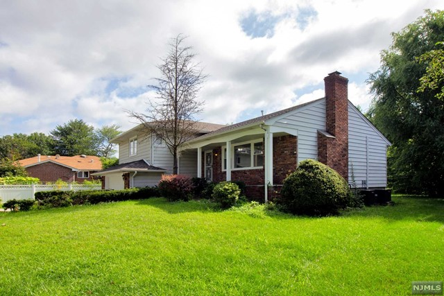 Single Family Home for Sale at 48 Henry Street 48 Henry Street Little Ferry, New Jersey 07643 United States