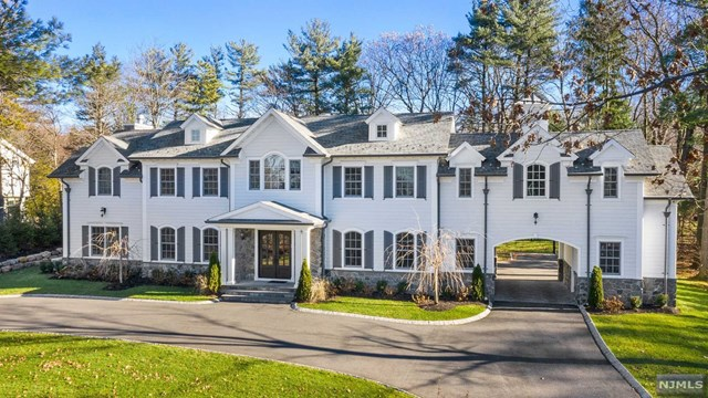 Single Family Home for Sale at 27 Ridge Road 27 Ridge Road Tenafly, New Jersey 07670 United States