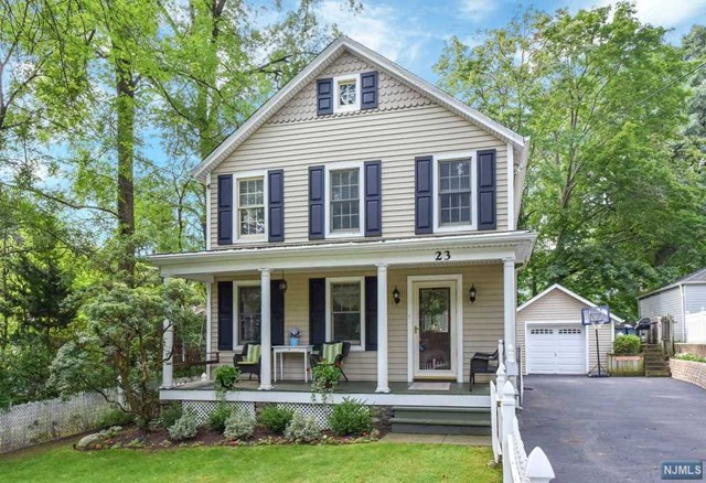Single Family Home for Sale at 23 Wyckoff Avenue 23 Wyckoff Avenue Wyckoff, New Jersey 07481 United States