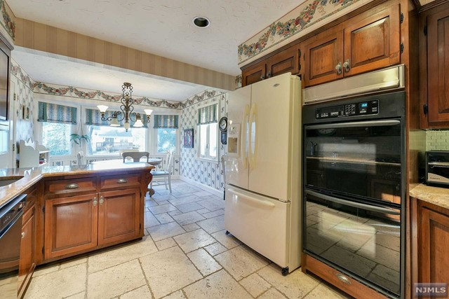 Additional photo for property listing at 217 Beechwood Road 217 Beechwood Road Oradell, New Jersey 07649 United States