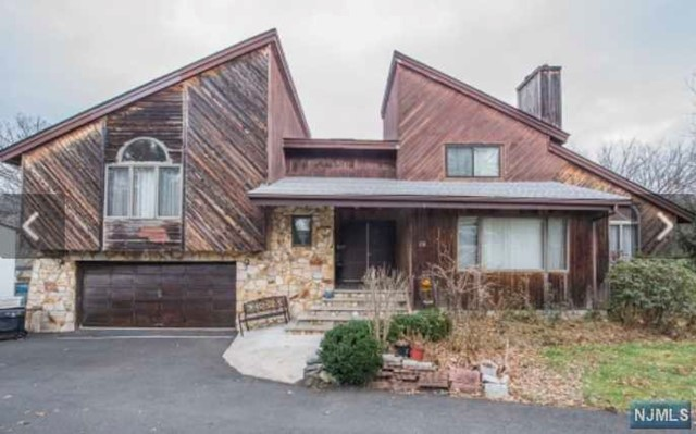 Single Family Home for Sale at 136 West Lionhead Drive 136 West Lionhead Drive Wayne, New Jersey 07470 United States