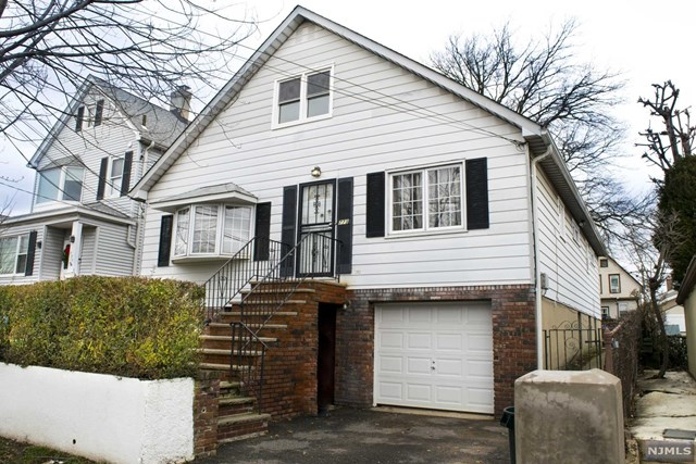 Single Family Home for Sale at 773 Hudson Avenue 773 Hudson Avenue Secaucus, New Jersey 07094 United States