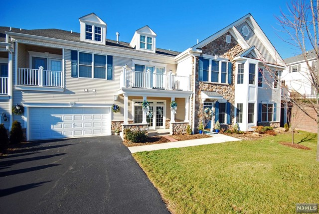 Condominium for Sale at 10 Brownstone Road 10 Brownstone Road Clifton, New Jersey 07013 United States