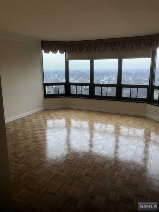 Rental Communities for Rent at 900 Palisade Avenue , Unit 16 900 Palisade Avenue , Unit 16 Fort Lee, New Jersey 07024 United States