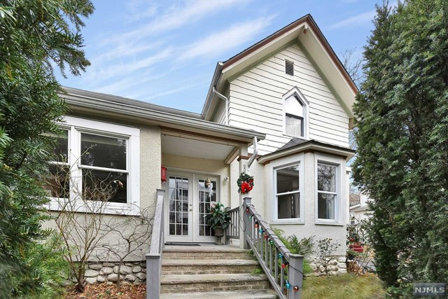 Single Family Home for Sale at 209 South Broad Street 209 South Broad Street Ridgewood, New Jersey 07450 United States