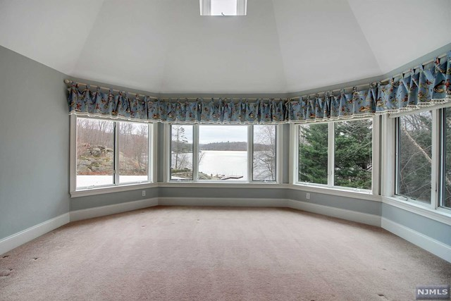 Additional photo for property listing at 101 Chincopee Road 101 Chincopee Road Jefferson Township, New Jersey 07849 United States