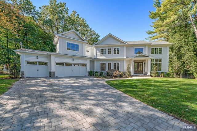Single Family Home for Sale at 40 Royden Road 40 Royden Road Tenafly, New Jersey 07670 United States