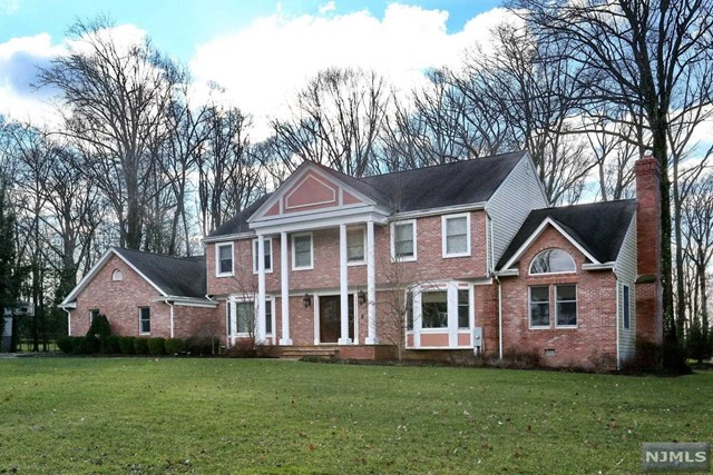 Single Family Home for Sale at 91 Blueberry Drive 91 Blueberry Drive Woodcliff Lake, New Jersey 07677 United States