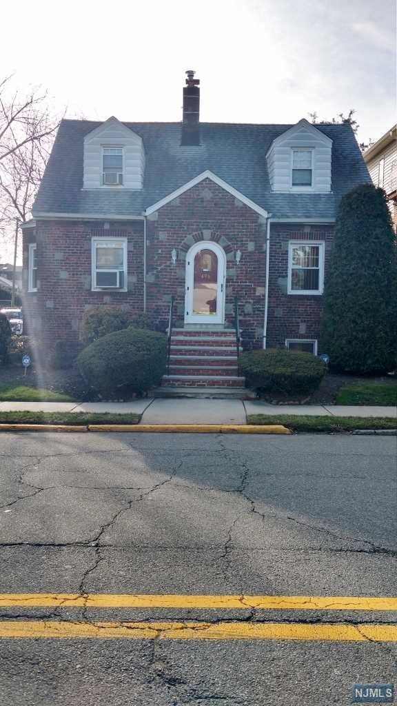 Single Family Home for Sale at 496 Edgewater Road 496 Edgewater Road Fairview, New Jersey 07022 United States