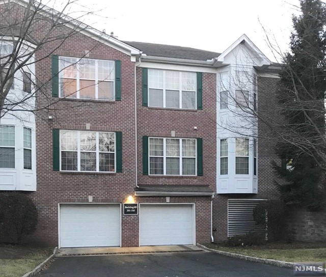 Condominium for Sale at 303 Four Seasons Drive 303 Four Seasons Drive Wayne, New Jersey 07470 United States
