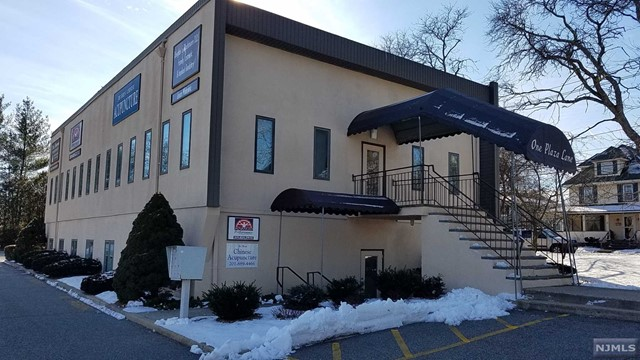 Commercial / Office for Sale at 1 Plaza Lane 1 Plaza Lane Ramsey, New Jersey 07446 United States