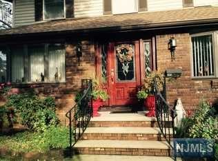 Single Family Home for Sale at 345 Rochelle Avenue 345 Rochelle Avenue Rochelle Park, New Jersey 07662 United States