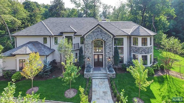 Single Family Home for Sale at 14 Brook Road 14 Brook Road Tenafly, New Jersey 07670 United States