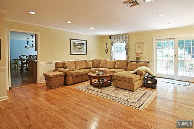 Additional photo for property listing at 44 Wearimus Road 44 Wearimus Road Ho Ho Kus, New Jersey 07423 United States