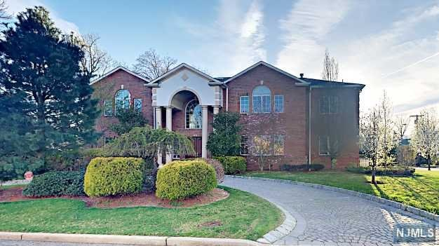 Rental Communities for Rent at 60 Lynn Drive 60 Lynn Drive Englewood Cliffs, New Jersey 07632 United States