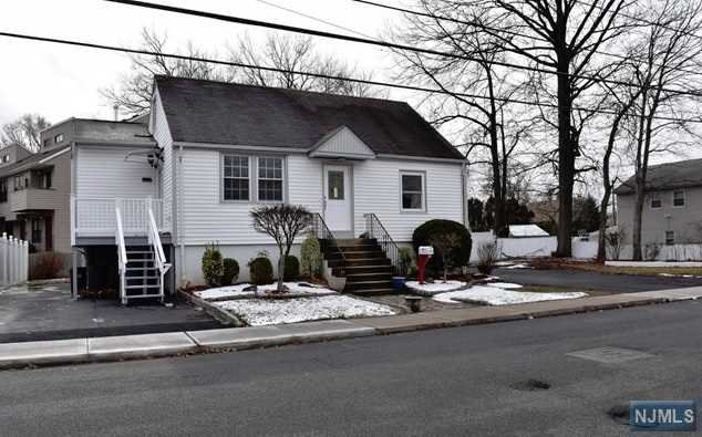 Single Family Home for Sale at 17 Union Avenue 17 Union Avenue Little Ferry, New Jersey 07643 United States