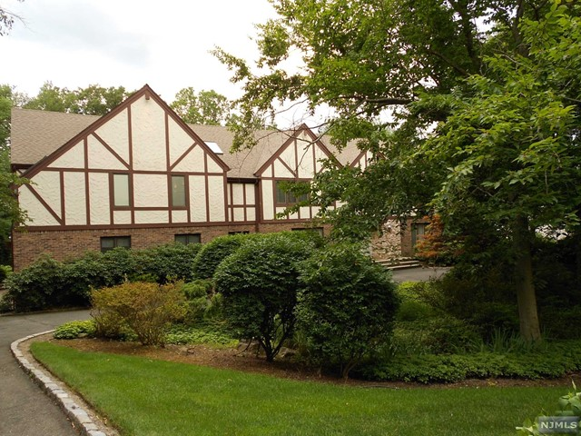 Rental Communities for Rent at 11 Old Saw Mill Road 11 Old Saw Mill Road Alpine, New Jersey 07620 United States