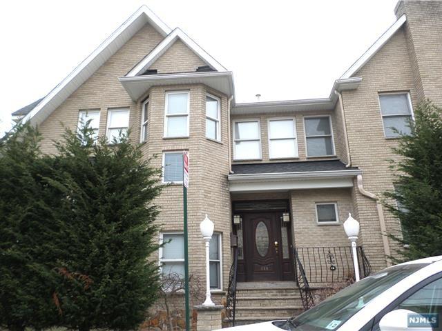 Photo of 1628 William Street, Fort Lee, NJ 07024