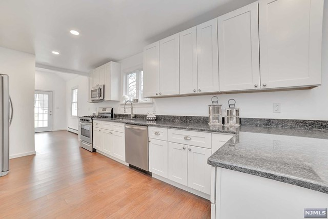 Additional photo for property listing at 40 3rd Avenue 40 3rd Avenue Westwood, New Jersey 07675 United States